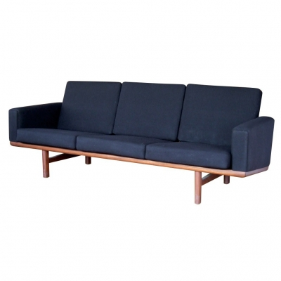 wegner black sofa